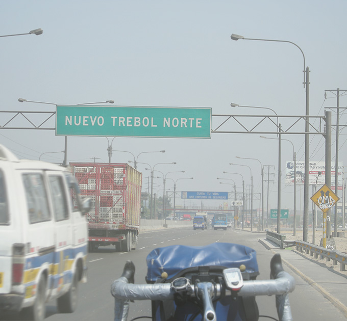 Hitch-Riding-Highway-Peru