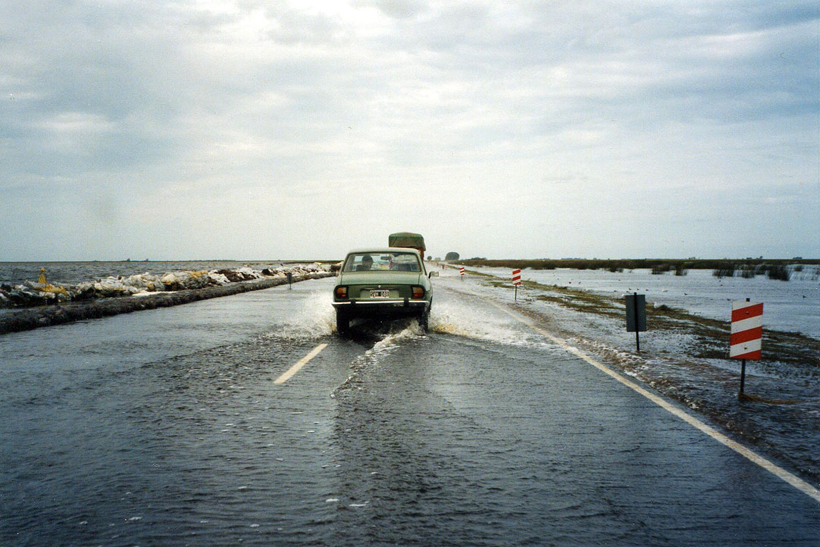 Flooding-on-Ruta-7-to-Buenos-Aires